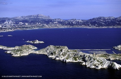 Ile du Frioul, chateau d'If et rade sud de Marseille