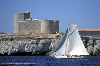 Iona - Classics yachts - 2003 Voiles du Vieux Port