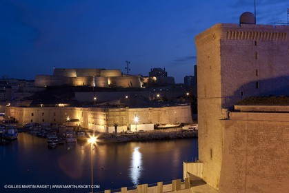 08 03 2012 - Marseille (FRA, 13) - Euromediterranée distrcit - CGA-CGM tower