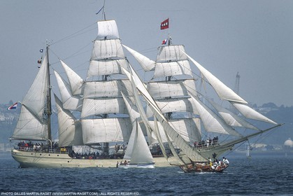 Brest (FRA,29) - Three masts Europe and Pen Duick