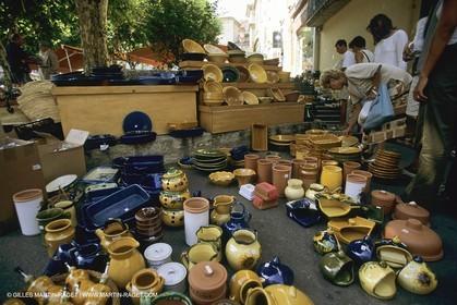 France, Provence, Marchés en plein air   Flee markets