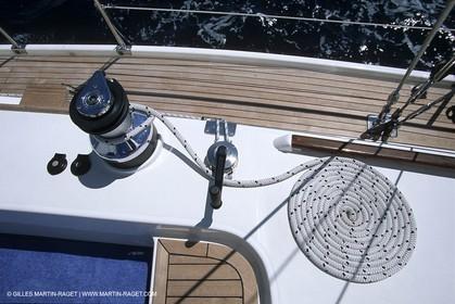 Sailing cruising
