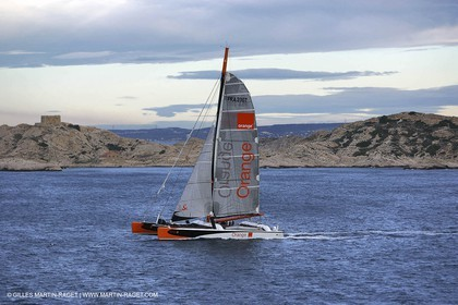Orange II-2004 Mediterranée Record-Start off Marseilles