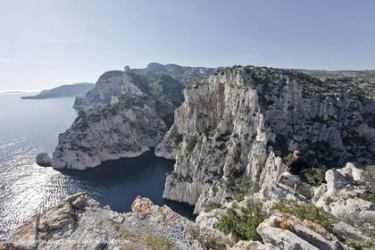 06 05 2009 - Marseille (FRA, 13) - Les Calanques - On Castelviel plateau - Calanque de Loule et falaises du Devenson