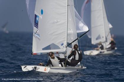23 04 2007 - 2007 Semaine Olympique Française - Hyères (South of France) - Day 2 - Team France - 470 Femme - Douroux Petitjean