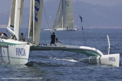2005 Galicia Grand Prix - Day 1 - Foncia