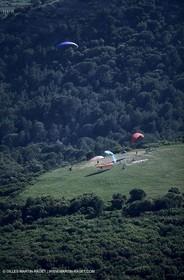 Clarensac (Gard), paragliding