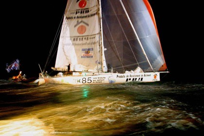 Vendée Globe 2000 - Arrival - Michel Desjoyeaux - Winner