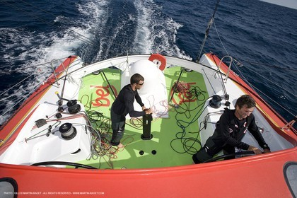 20 09 2007 - Marseille (FRA, 13) - IMOCA monohulls- GROUPE BEL (Kito de Pavant) - First sea trials - Onboard with Kito de Pavant and Sebastien Col