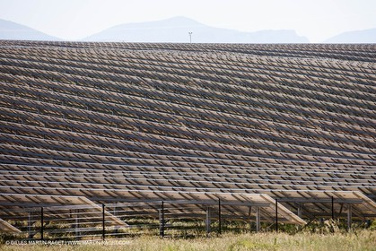 27 06 2011 - Puimichel (FRA, 04) - Solar far des Mées