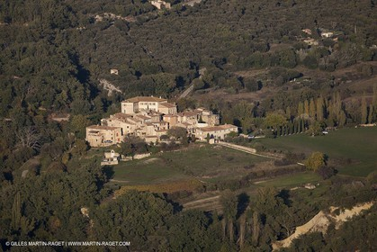29 10 2012 - Gignac (FRA,84) - Luberon as seen from above