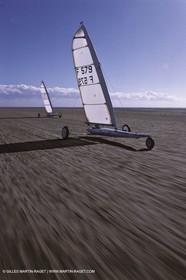 Watersports, Land sailing