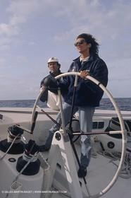 1991, America's cup, Florence Arthaud à bord de Ville de Paris (skipper Marc Pajot)