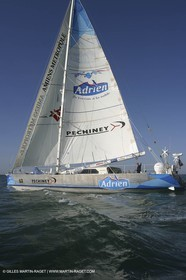 Round the world record wrong way - Adrien - Jean-Luc Van de Heede - Les Sables d'Olonne Start