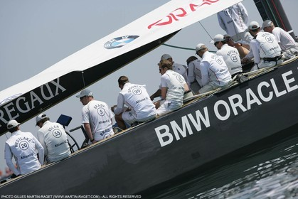 18 04 2007-Valencia (Spain)- 32nd America's Cup - Louis Vuitton Cup - RR1 - DAY 3 - BMW ORACLE Racing