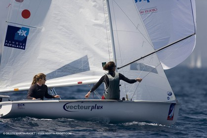 24 04 2007 - 2007 Semaine Olympique Française - Hyères (South of France) - Day 3- Team France - 470 Femme - Lecointre-Lemaître