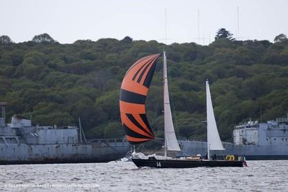 19 05 2010 -  Lanveoc Poulmic (FRA,29) - French Navy School Grand Prix - Pen Duick II