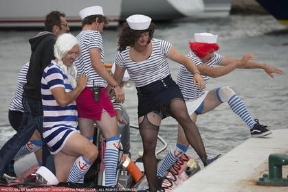 01 10 2025, Saint-Tropez (FRA,83) , Voioes de Saint-Tropez 2015, Day 4, Crew parade