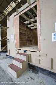 22 01 2008 - La Ciotat (FRA, 13) - Construction of cruising catamaran Nahema at H2X boatyard -modules lamination
