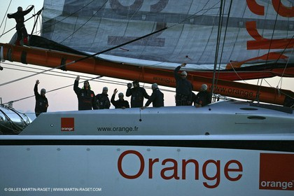 Orange II-2005 Jules Verne Trophy-Start from Lorient-Good bye