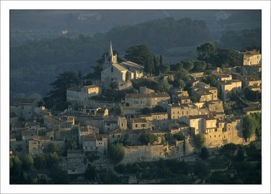 .LUBERON - BONNIEUX..Product: in house made quality print on 8 ultrachome colors Epson ink Jet printer...Available sizes: .. 20x30 cm.. 30x40 cm.. 50x70 cm.. 80x120 cm..Available papers: .. Standard 250 gr glossy paper print, black streak, white margin, no signature.. Top quality glossy 290 gr. paper, black streak, white margin, checked and signed by the author.. Fine Art print (signed, numbered, stamped, registered) on demand.. Other supports (Canvas, Acrylic, Metal) on demand..Packaging: cylindric reinforced tube..Shipping options: regular mail or Shipping company..Click on the basket icon to select your options and start the online ordering process