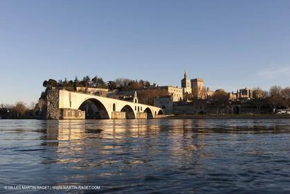 2012,Avignon (FRA,84), Popes palace, Saint Beneze bridge