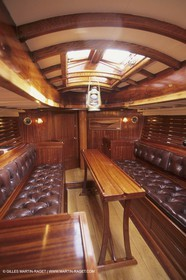 Classic Yachts, Viola