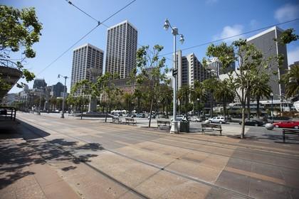 07 06 2011 - San Francisco (USA,CA) - 34th America's Cup - Harry Bridges Plaza