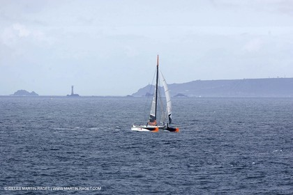 2004 Atlantic record attempt - Orange II at Land's End