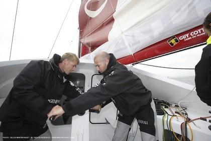 11 05 2007 - La Trinité sur Mer (France) - Yann Eliès Generali 60 open project for Vendée Globe - soccer champion Zinedine Zidane onboard