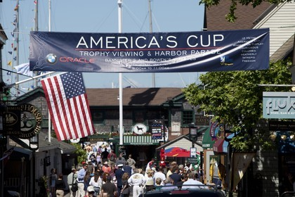 01 07 2010 - Newport (USA,RI) - 33rd America's Cup - BMW ORACLE Racing - East Coast Victory Tour - Day 4