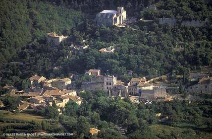 France, Provence, Luberon, Oppède le Vieux