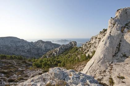 10 09 2009 - Marseille (FRA, 13) - Les Calanques - Massif de Marseilleveyre - Pointe Caillot et les Malvallons