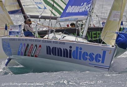 Generali Solo 2005 - Port Leucate - Manche 6 - Départ pour Gruissan - Morvan et D'Ali - Premiers à la marque au vent