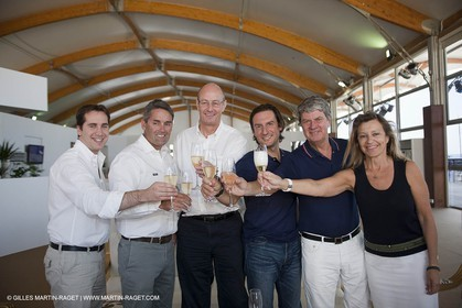 25 07 2010 - Dubai (UAE)  34th America's Cup- Louis Vuitton Partnership Announcement- Mark Bullingham, Russell coutts, Richard Worth, Pierto Beccari, Yves Carcelle, Chrisitne Bélange