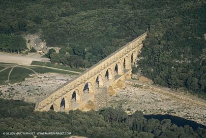 France, Languedoc Roussillon, Pont du Gard