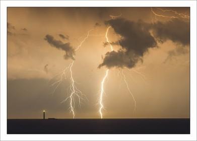 Lighthouse Lightning H