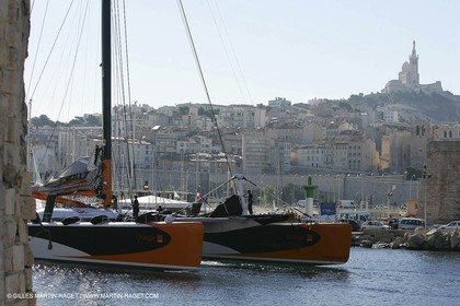 Orange II-2004 Mediterranée Record attempt-Back in Marseilles
