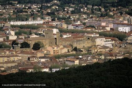 Salon de Provence - L'emperi castle