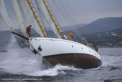 Classic Yachts, Lelantina