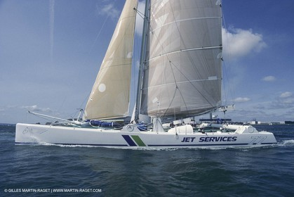 Sailng, Offshore racing, Maxi multiihulls, Jet services V