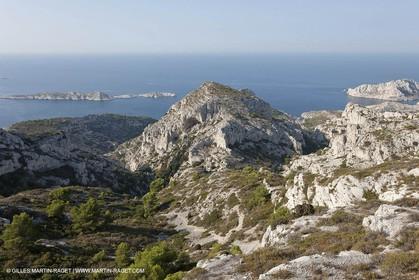 210 09 2009 - Marseille (FRA, 13) - Les Calanques - Massif de Marseilleveyre - Roc St Michel et Vallon de la Mounine