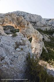 07 09 2009 - Marseille (FRA, 13) - Les Calanques - Massif de Marseilleveyre - les 3 arches