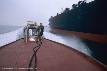 Mrseille-Fos hrounour, boatmen service