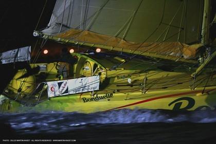 IMOCA Class - 2004 Vendée Globe  - Jean LeCam - Bonduelle - 2nd arrival