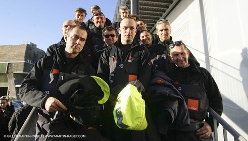 Orange II-2005 Jules Verne Trophy-Start from Lorient-The crew before the start
