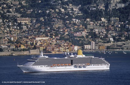 Cruise liner - Villefranche