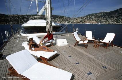 Perrini Navi - Sailing Yacht