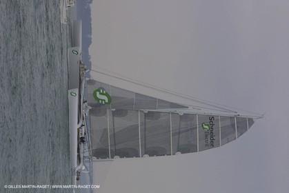Geronimo - Jules Verne Trophy 2001 start - Brest