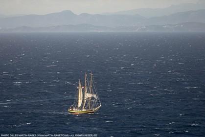 30 09 2013 - Toulon (FRA,83) - Toulon Voiles de Légende - Start towards La Spezia